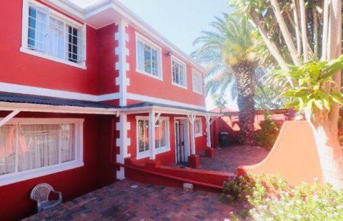 1 Bedroom House to Rent in Rosebank